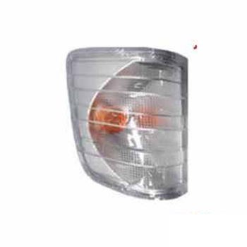 Lanterna Dianteira - Lado Direito - Cristal (S1072DCR)